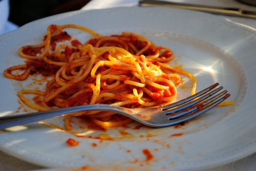 Simple spaghetti and tomato sauce, nothing boring about it!